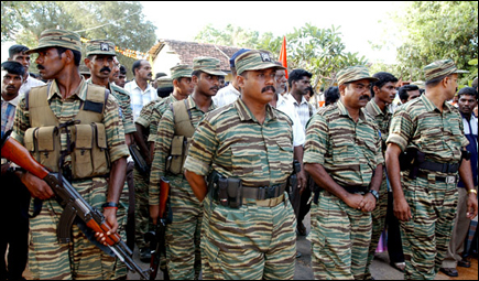 LTTE Special Commander Col. Bhanu paying last respects to Col. Ramanan in Batticaloa.